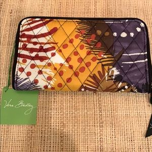 Vera Bradley Accordion Wallet/ Painted Feathers
